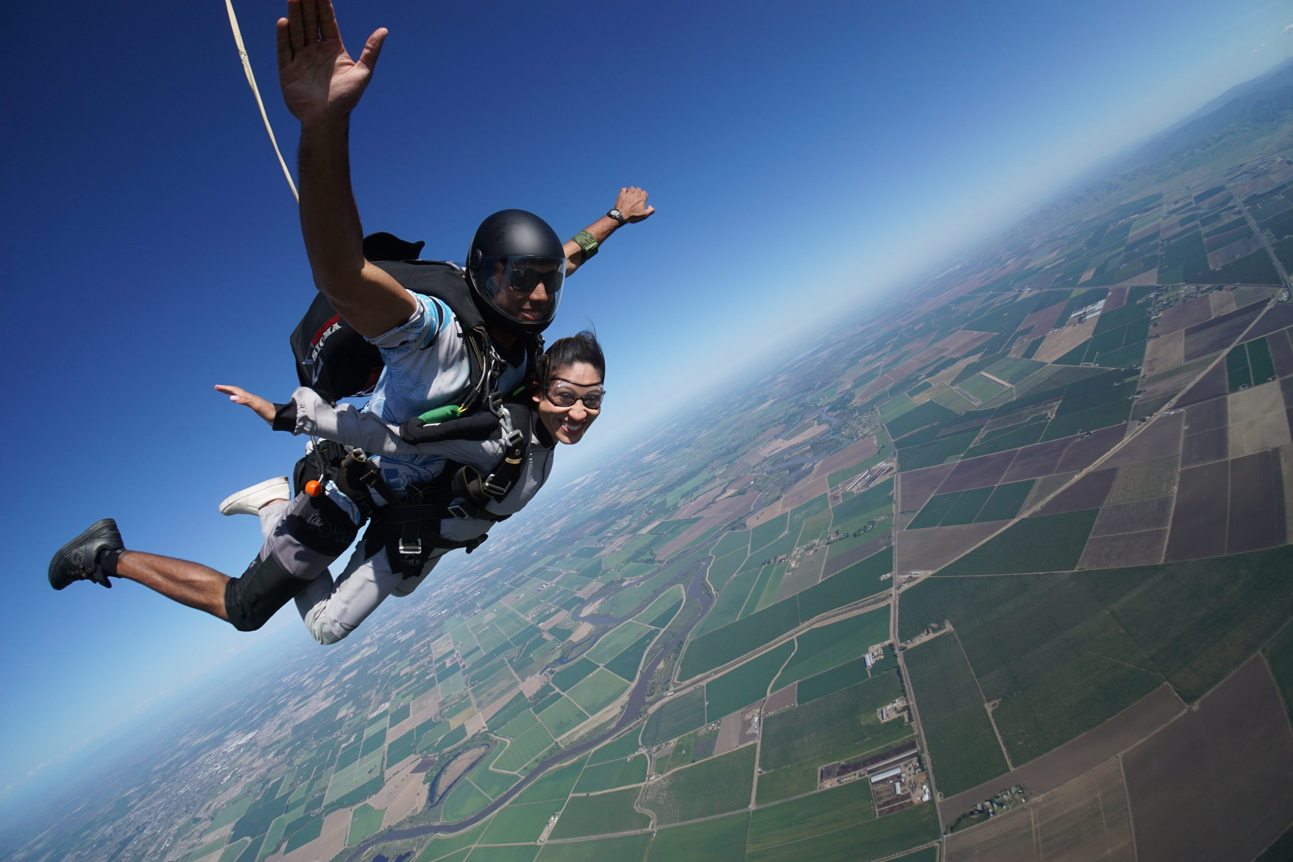 How Much Does It Cost To Go Skydiving?