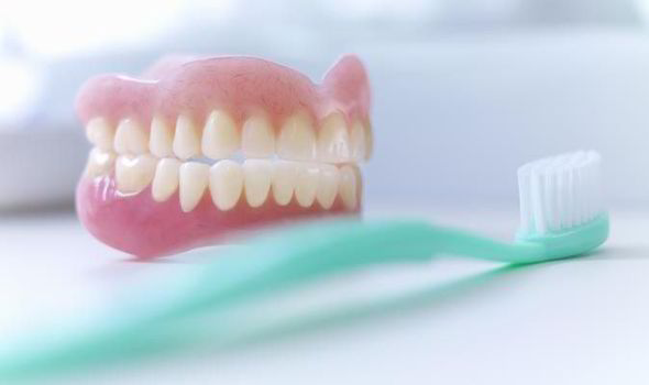 How Much Do Dentures Cost: Can I Afford Them?
